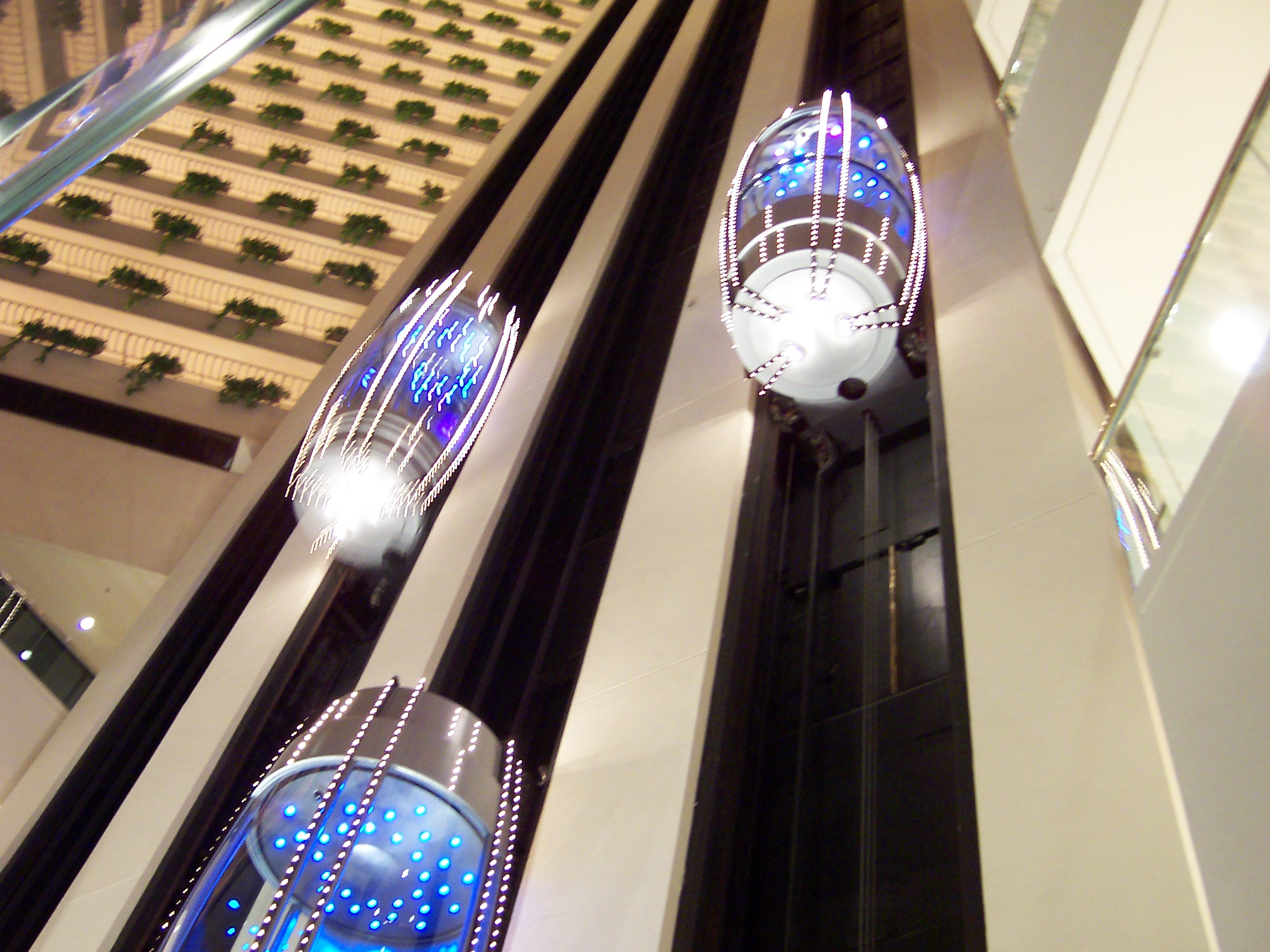 Pan_Pacific_Singapore_Elevators